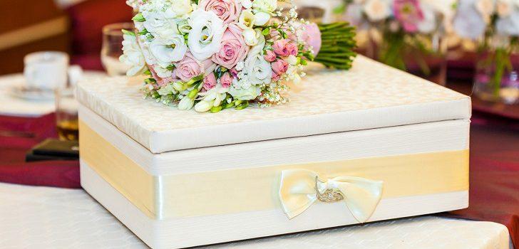 Оригинальный подарок на свадьбу от свидетельницы