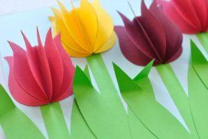 Букет тюльпанов из цветной бумаги