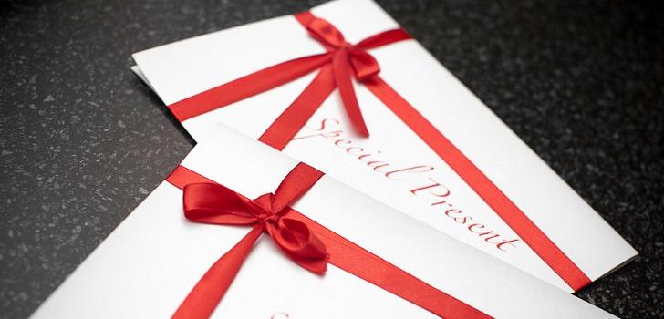 Оформить билеты в подарок