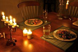 Романтический ужин со свечами